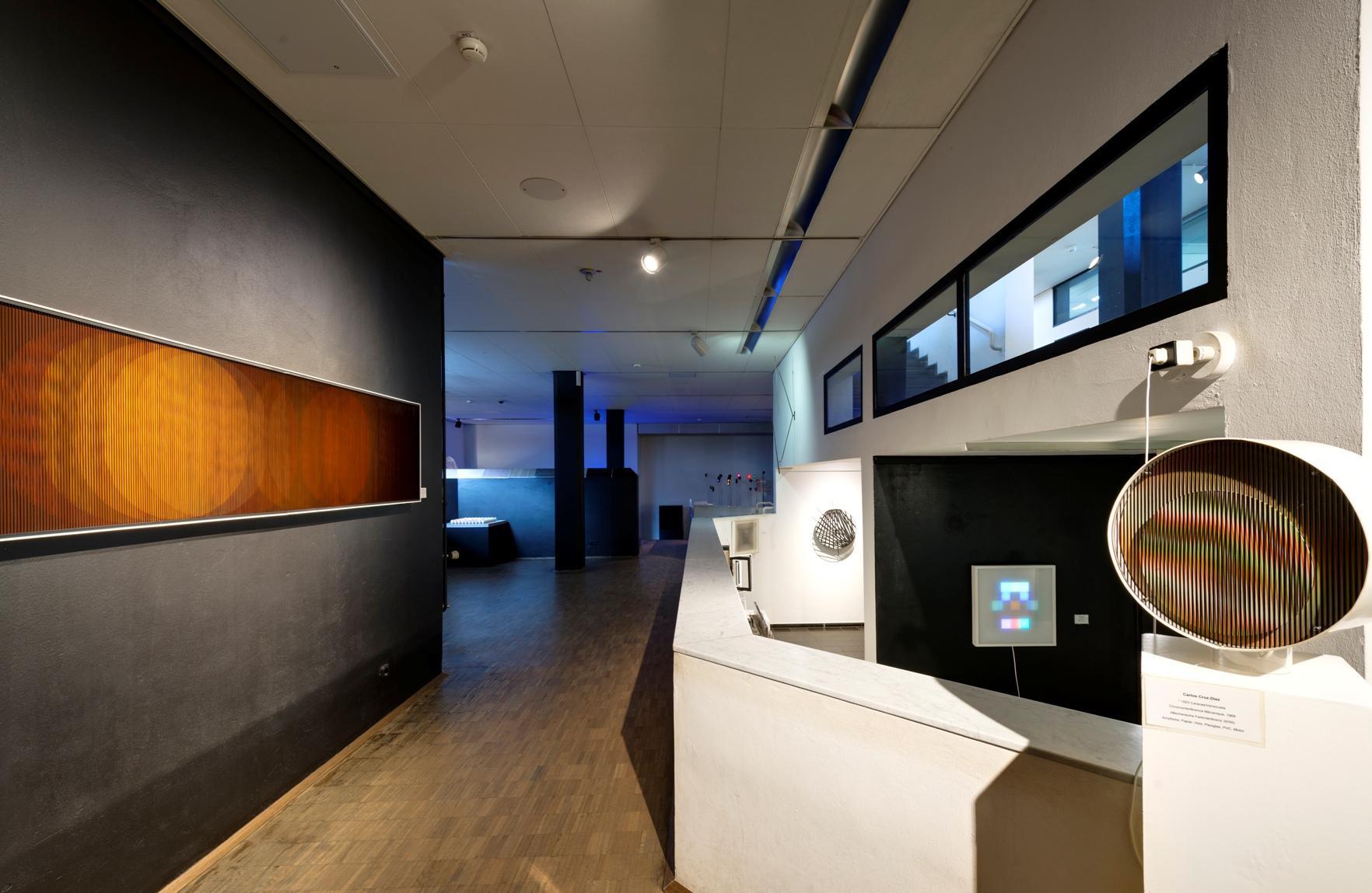 kinetische kunst kunst auf lager b ndnis zur. Black Bedroom Furniture Sets. Home Design Ideas
