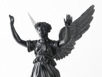 Viktoria-Statuette (vierarmiger Leuchter, unvollständig), Eisenguss, Königlich-Preußische Gießerei, Gleiwitz; um 1820-30