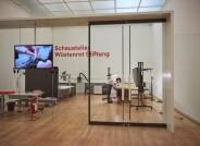 Begutachtung von Tapisserien aus der Paulusserie im Depot des Bayerischen Nationalmuseums München © Bayerisches Nationalmuseum München, Foto: Bastian Krack