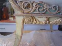 Stuhl nach Entwurf von Peter Joseph Krahe aus dem Hoftheater Braunschweig, Detail Zustand vor Restaurierung