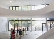 Führung mit Dr. Carina Plath (stellv. Direktorin) durch den Anbau des Sprengel Museums © Sprengel Museum Hannover / Helge Krückeberg