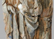 Fragmente der gefassten tönernen Skulpturengruppe lose zusammengesetzt Foto: B. Schwieder