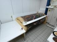 Aktuelle Lagerung der Leinwand auf zwei Rollen in der Restaurierungswerkstatt © Landesmuseum für Kunst und Kulturgeschichte Oldenburg / Fotos: Sven Adelaide