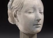 Francesco Laurana, Bildnis einer Prinzessin von Neapel, um 1470, Marmor Der nur noch erhaltene Kopf der Büste, wie er seit 1958 in der ständigen Ausstellung der Skulpturensammlung gezeigt wurde. (Foto: SMBSBM, A. Voigt, 2016).